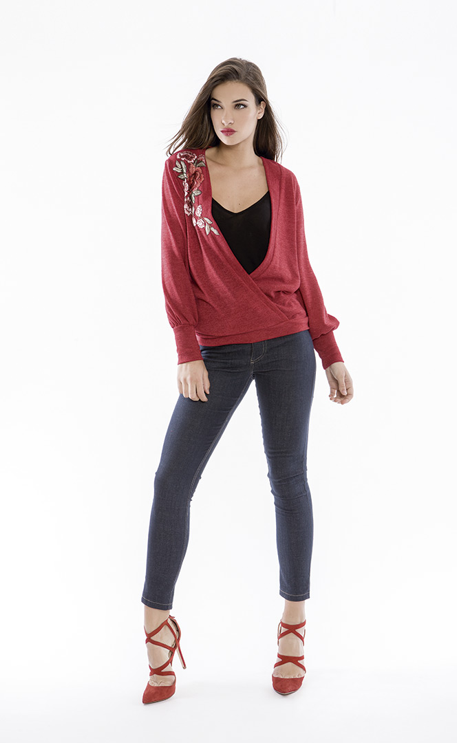 Sweater 4180577 | Jeans 4180738