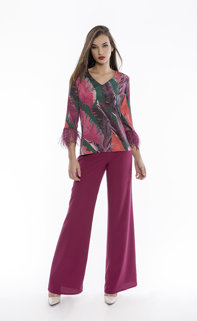 Blouse 4180581 | Trousers 4180734