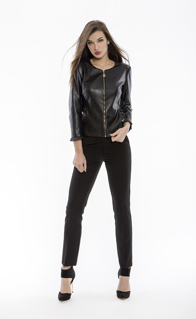 Jacket 4180650 | Trousers 4180736