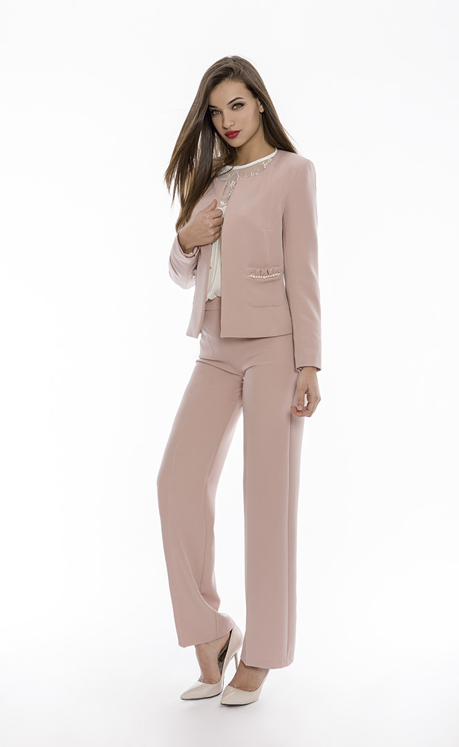 Jacket 4180658 | Trousers 4180735