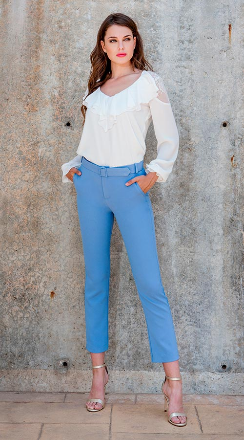 Blouse 3190559 | Trousers 3190727