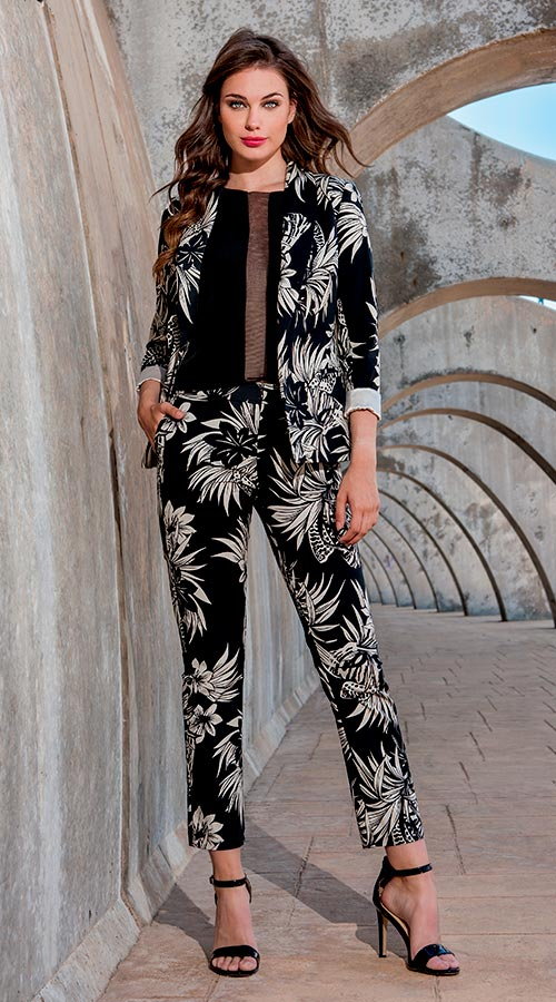 Jacket 3190655 | Trousers 3190733 | Top 3190582