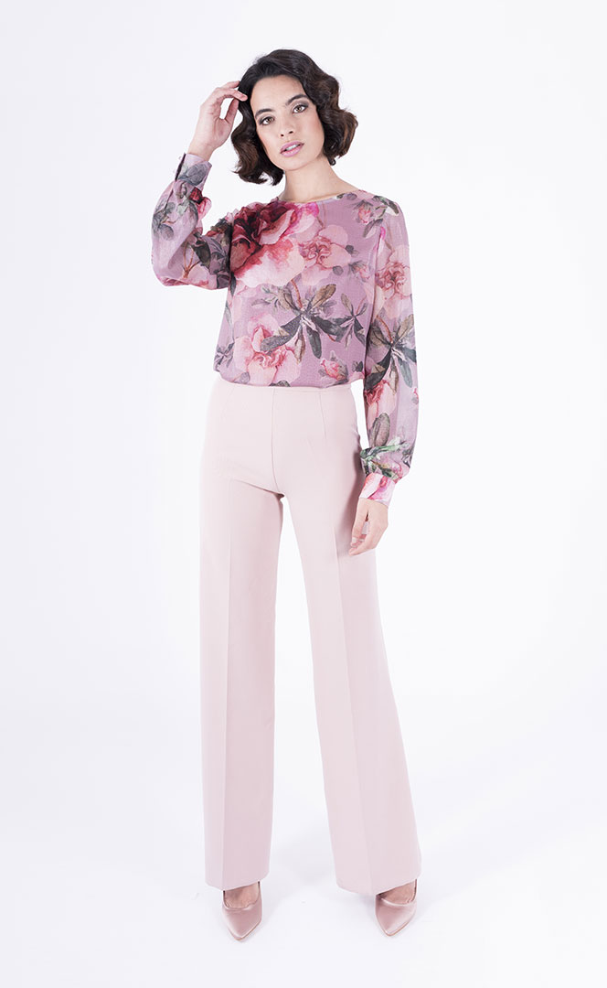 Blouse 4190567 | Trousers 4190743