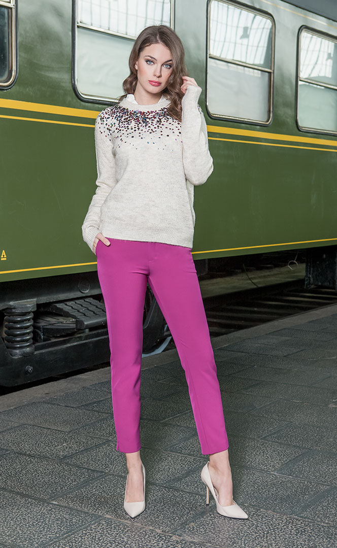 Sweater 4190517 | Trousers 4190730