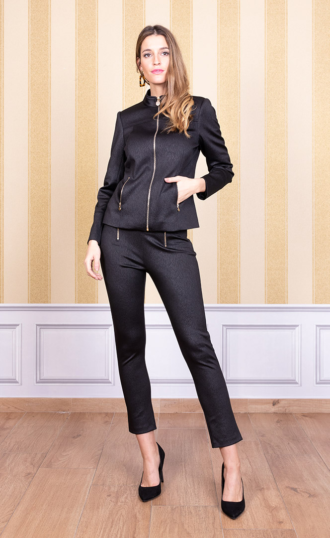 Jacket 4200657 | Trousers 4200728